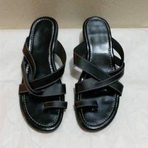 Shoes - 💥 Crisscross Wedge Sandals💥